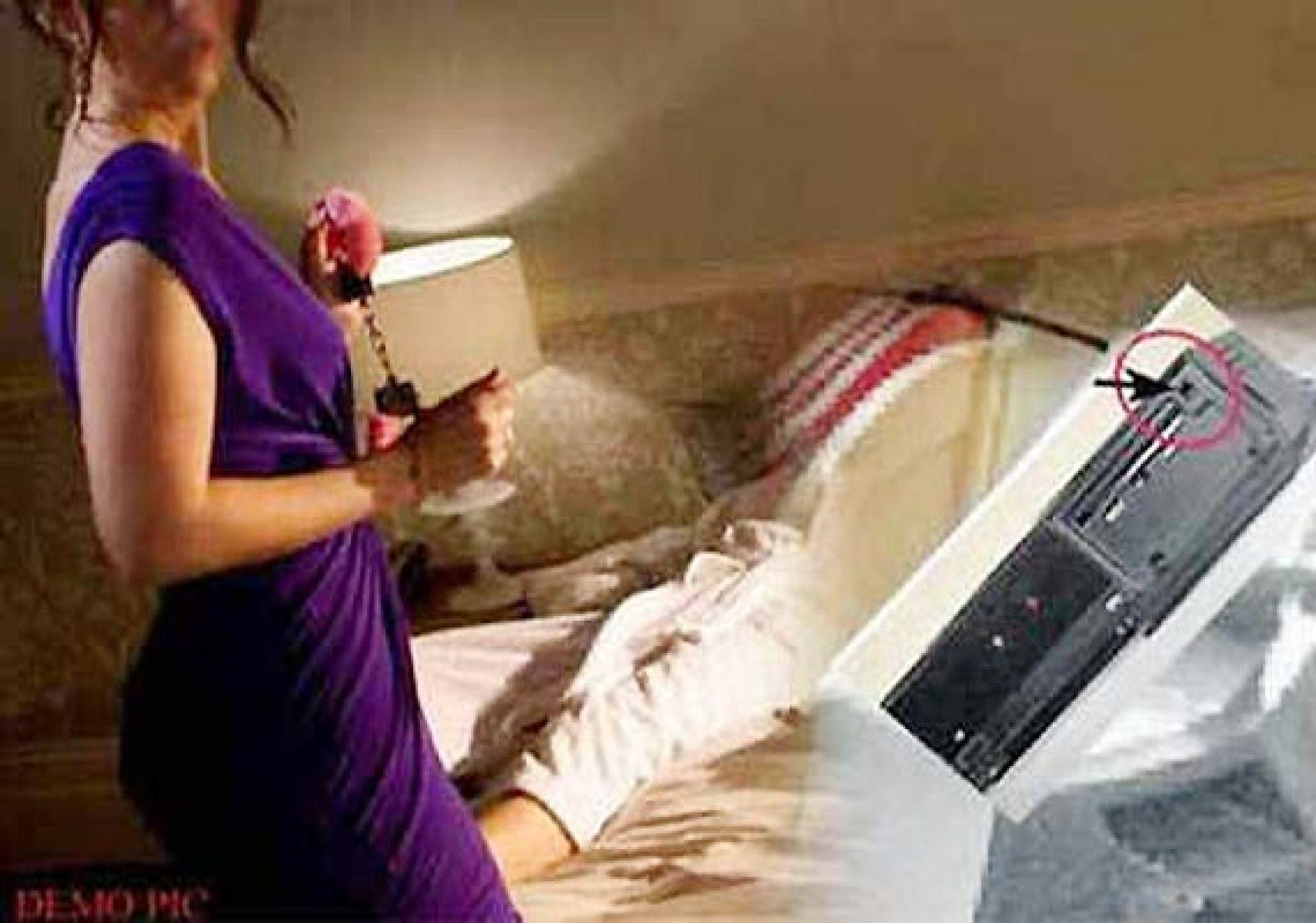 comment d tecter une cam ra cach e dans une chambre d 39 h tel. Black Bedroom Furniture Sets. Home Design Ideas